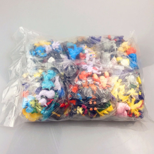 set de 24 minifiguras pokemon, muñecos al azar,  envio grati