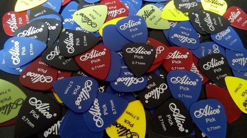 set de 50 puas guitara o bajo marca alice (medida 0.71 mm)