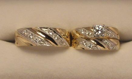 set de anillos de 3 piezas de14k  con zirconias rusas
