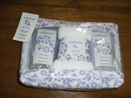 set de baño millefleurs.(body lotion, body scrub y spa socks
