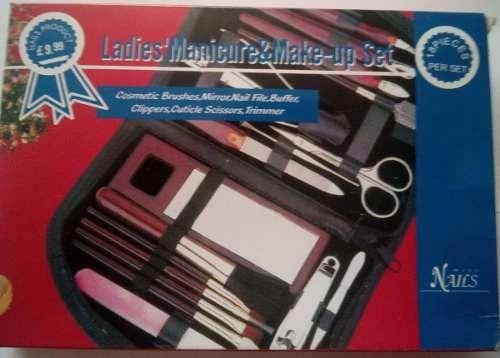 set de manicure y maquillaje 18 piezas espejo pinza lima