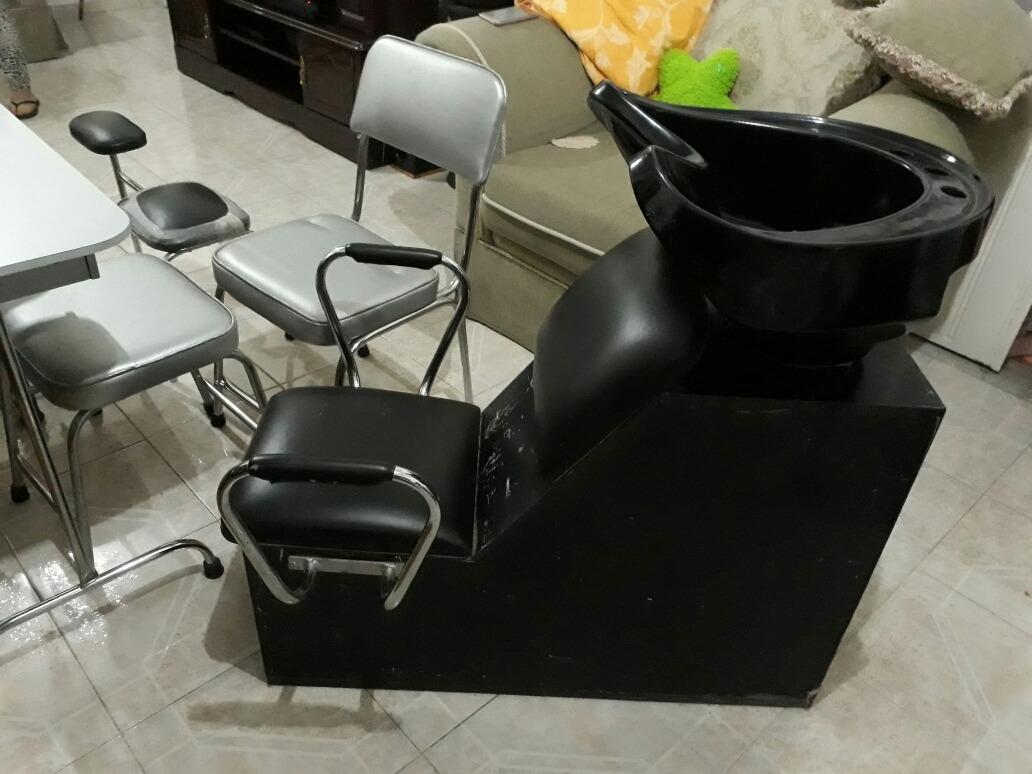 Set de muebles para sal n de belleza 14 en for Spa y salon de belleza