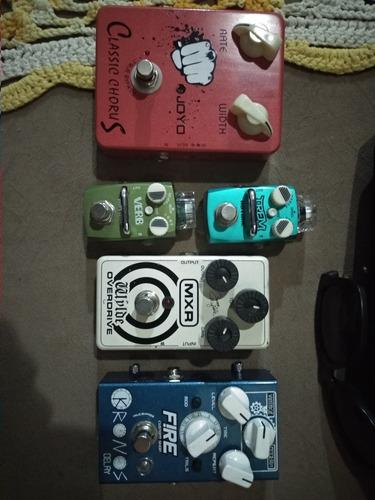 set de pedais de guitarra analogicos