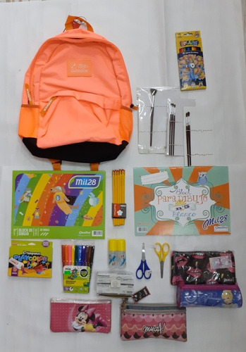 set escolar : mochila+cartuchera +utiles