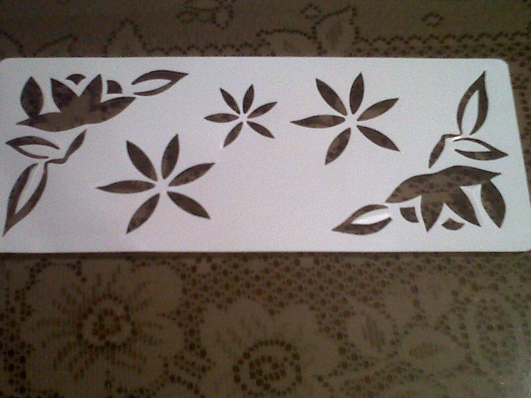 Set plantillas para pintar paredes o para torta para for Plantillas para pintar paredes