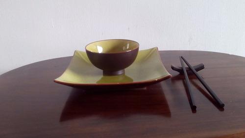 set plato chino con palillos plato para sushi