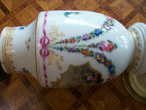 sevres porcelana - lamparita de mesa  de noche