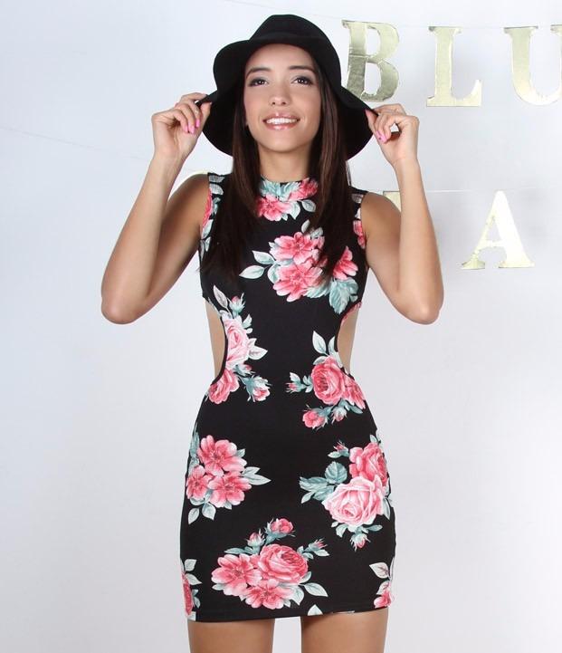 Sexy Mini Vestido Negro Con Estampado De Flores Color Rosa