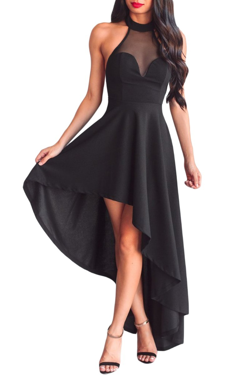 Veo una mujer vestida de negro