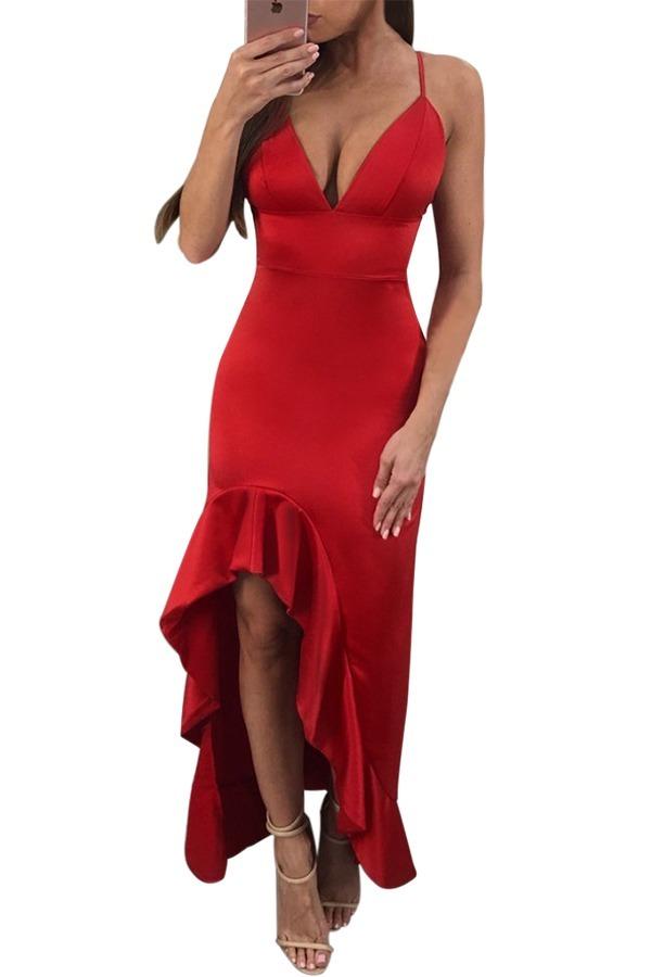 Vestido rojo largo con abertura en la pierna