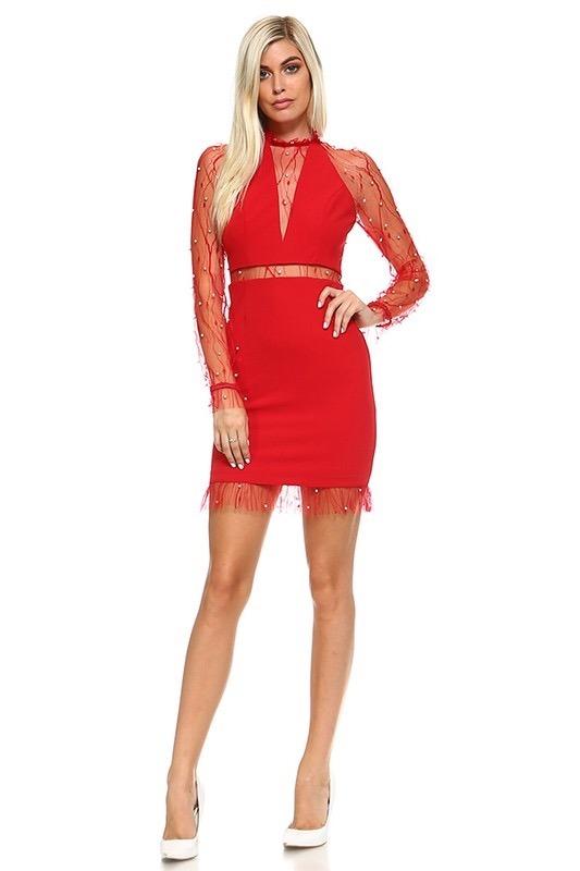 Vestido rojo de encaje manga larga