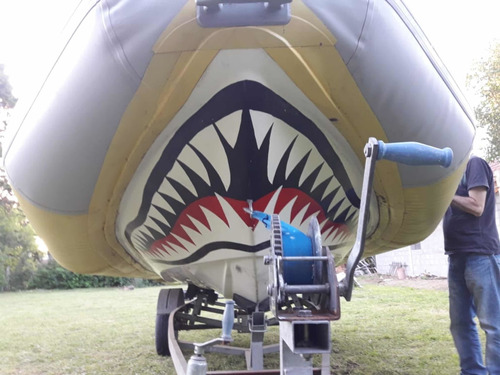 shark 5.60 metros