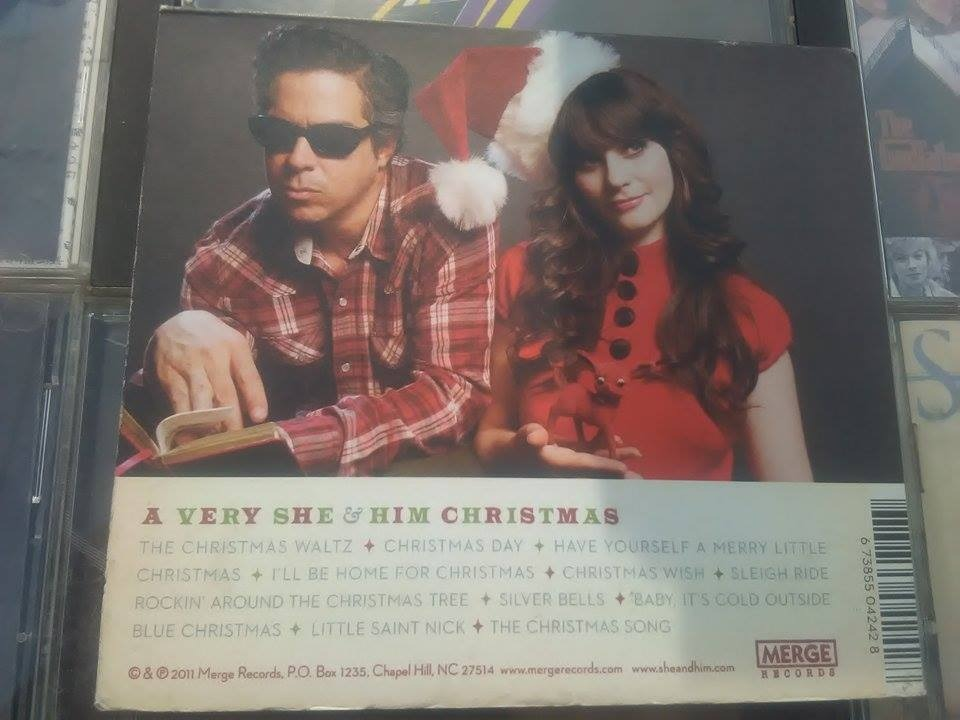 She And Him Christmas.She And Him A Very Christmas Cd Digypack Omi 160 00