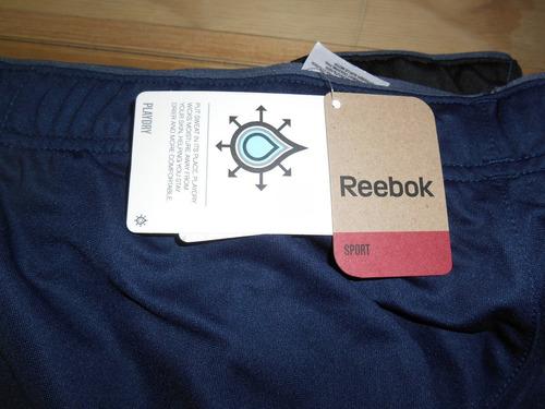 short deportivo marca reebok, tallas s, m y l