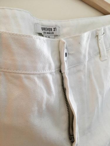 short  forever 21 color blanco talle 30