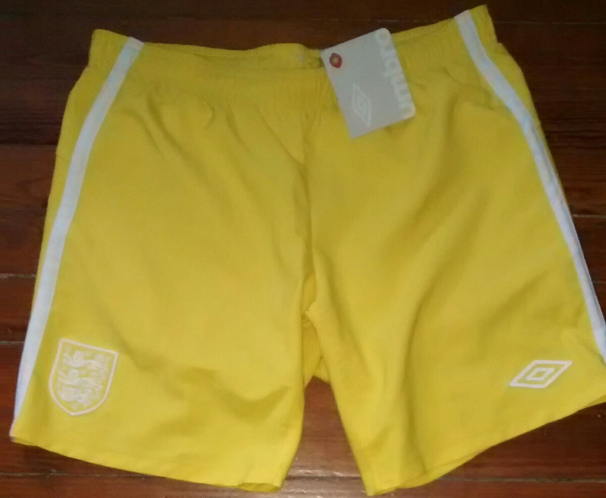 7e3aaab94 Short Inglaterra Umbro Tamb adidas Campera Rompevientos Afa - $ 490 ...