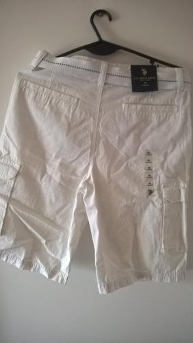 short polo blanco con cinturón - usa