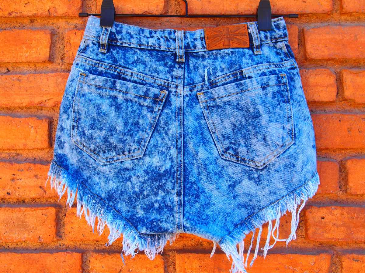 1f5219ef7c369 short tiro alto nevado mujer jean tachas pantalon corto. Cargando zoom.