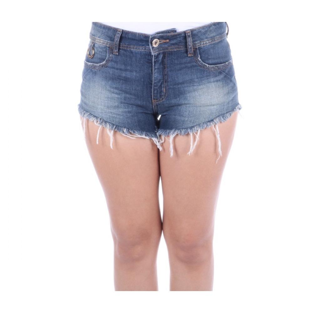 a095456d2 Shorts Colcci Feminino Em Jeans Angel Com Barra Desfiada - R$ 320,00 em  Mercado Livre