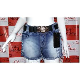 Shorts Jeans Com Rasgadinhos Nas Laterais