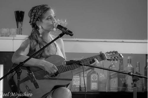 show cantante de bossa trova casamientos cumpleaños eventos
