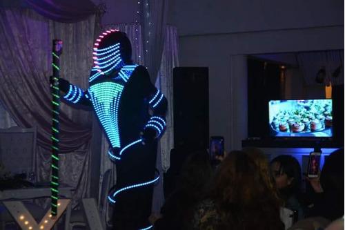 show de robot led  alquiler del traje , zancos y animaciones