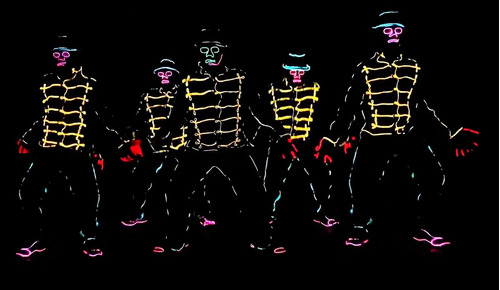 show de robot led gato led baile luminoso batucada