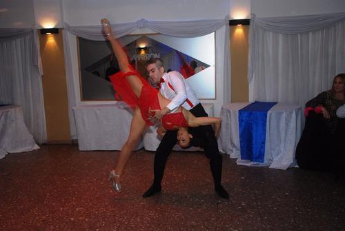 show de salsa bachata animación juegos tango folklore