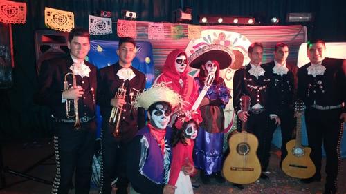 show mariachi mariachis