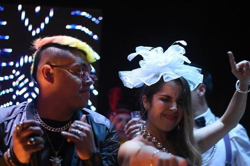 show reggaeton para quince años y bodas