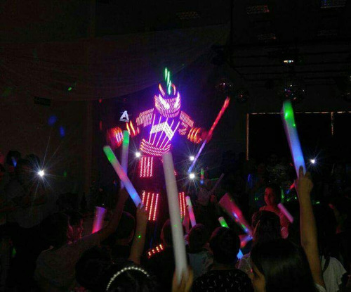 show robot led