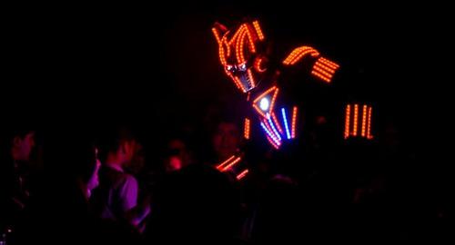 shows led led!