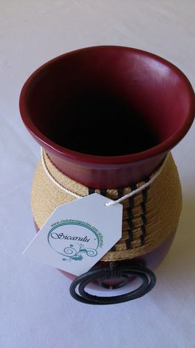 sicarulu, artesanía ceramica de lujo. jarron rojo con aros