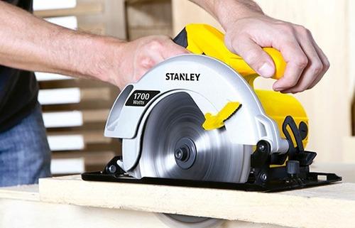 sierra circular de 7 1/4 1700w stanley stsc1718-k10