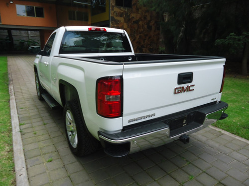 sierra z71 4x4 regular 2015 (simplemente nueva)
