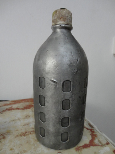 sifon antiguo con malla metalica