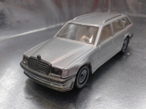 siku - mercedes benz 300 te   m.i. germany