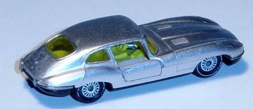 siku vintage jaguar e-type 2+2 (serie 1)(made in w-germany)