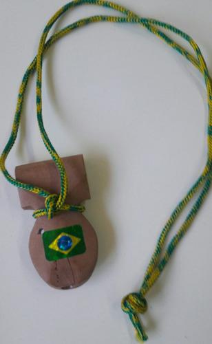 silbato de madera escola do samba de brasil