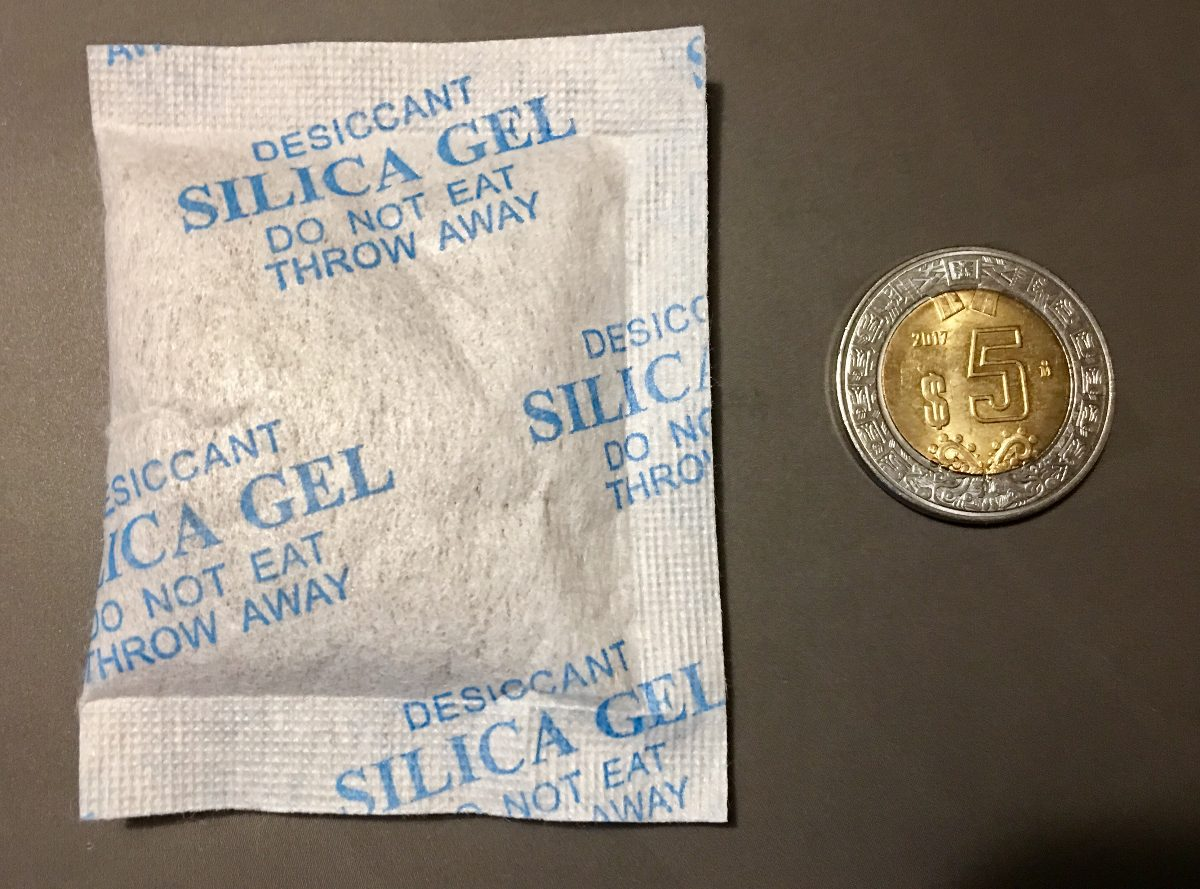 c097ae7f6 Silica Gel Desecan En Bolsas De 10 Gramos - $ 750.00 en Mercado Libre