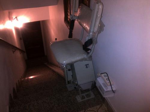 silla a control remoto para subir escaleras nueva