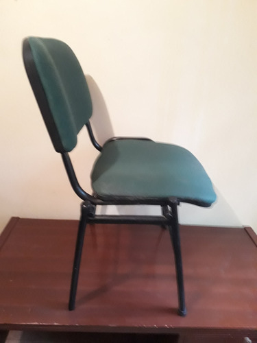 silla acolchada de segunda en buen estado