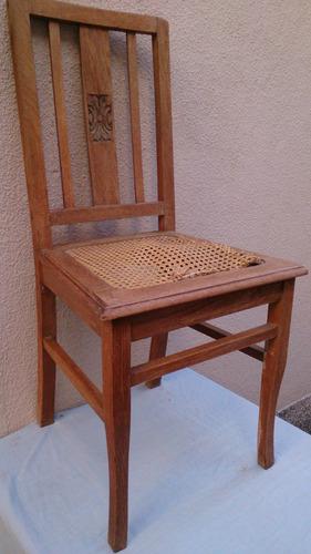 silla antigua de roble, tallada.