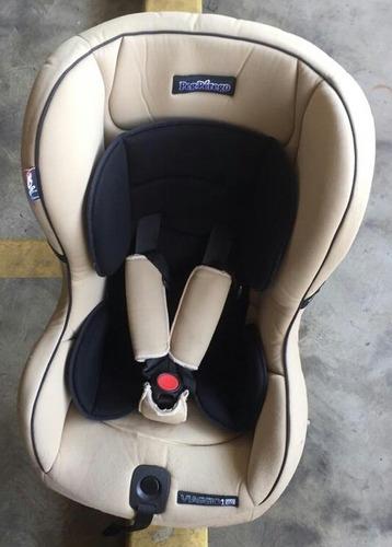silla bebé para carro.