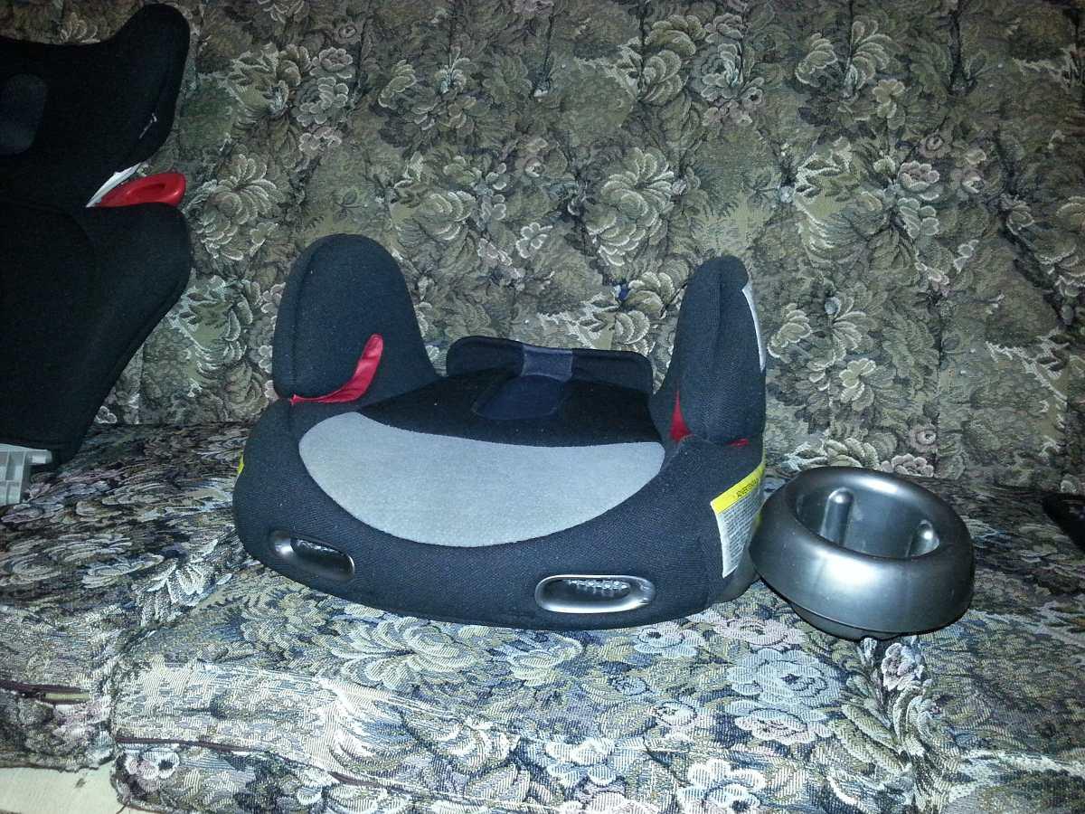 Silla de carro para bebe y ni o combi bs en for Precio de silla bebe para coche