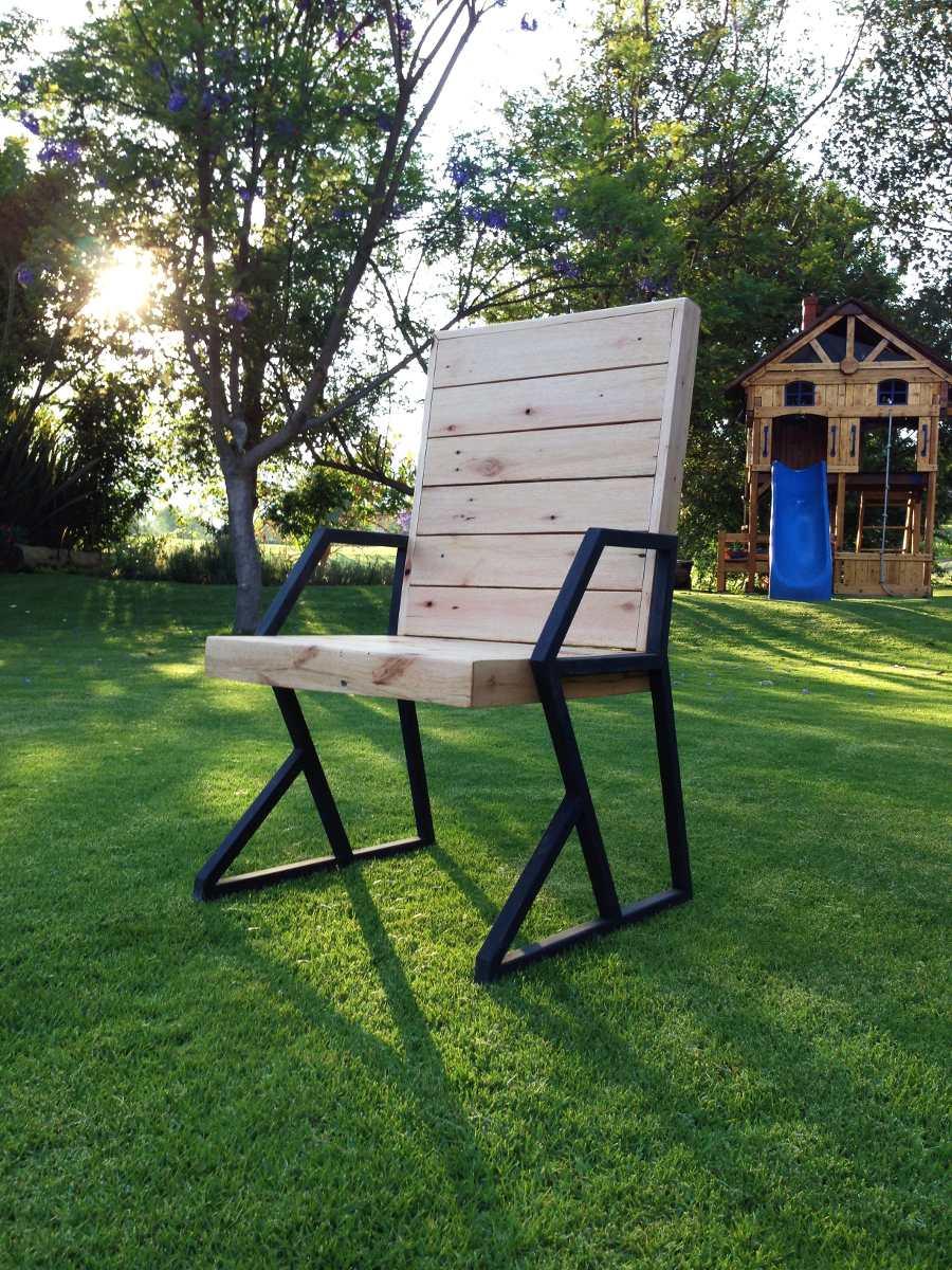 Silla comedor de madera reciclada con herreria 2 000 for Sillas comedor madera