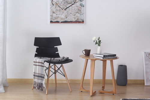 silla comedor minimalista negra vikio, cerámicas castro.