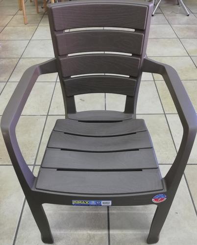 silla con brazos rimax apariencia madera mocca gris