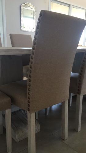 silla con tachas