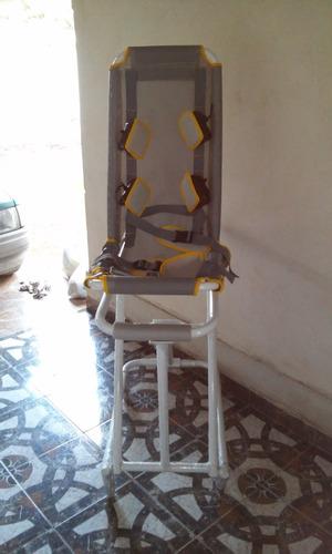 silla de baño para niño con paralisis cerebral